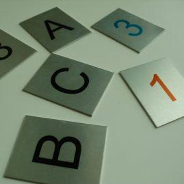 Numerki aluminiowe, tabliczki